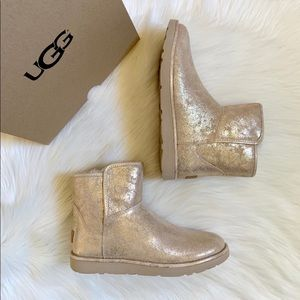 71188dc5d1c Women Ugg Abree Boots on Poshmark
